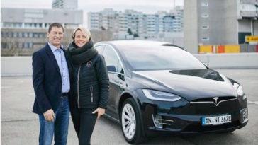 Mercedes tenta copiar Tesla. Sabe qual foi o resultado?