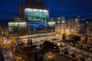 Ford e o Maior Outdoor do Mundo
