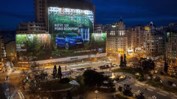 Ford e o Maior Outdoor do Mundo