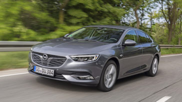 Opel Insignia com novas motorizações