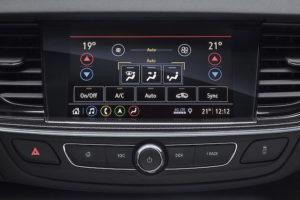 Novo sistema Info-entretenimento - Climatização