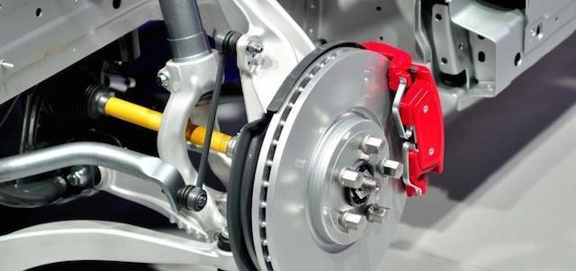 Já pensou como os travões do seu carro funcionam?