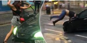 Vídeo. Mulher tira o sapato para partir o pára-brisas do carro