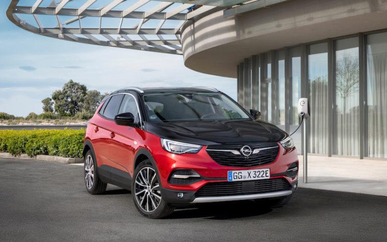 Opel Grandland X Hybrid já se pode comprar