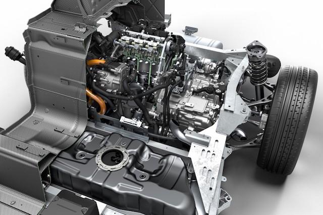Motor três cilindro do BMW i8 - Soluções Híbridas