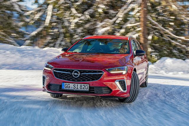 Opel Insignia GSi com Tração integral Twinster